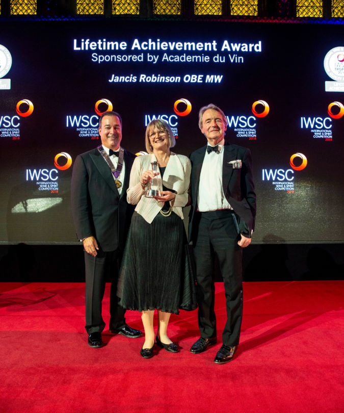 Facundo Barcardi, Jancis Robinson and Steven Spurrier at the IWSC Banquet 2018