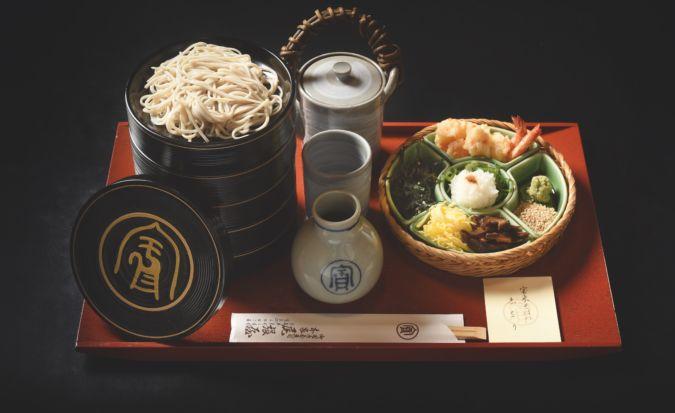 Noddle dish hour soba at Honke Owariya in Kyoto, Japan