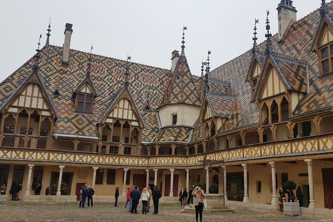 Exterior of Hôtel-Dieu