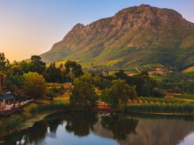 Simonsberg mountain near Stellenbosch overlooking lake