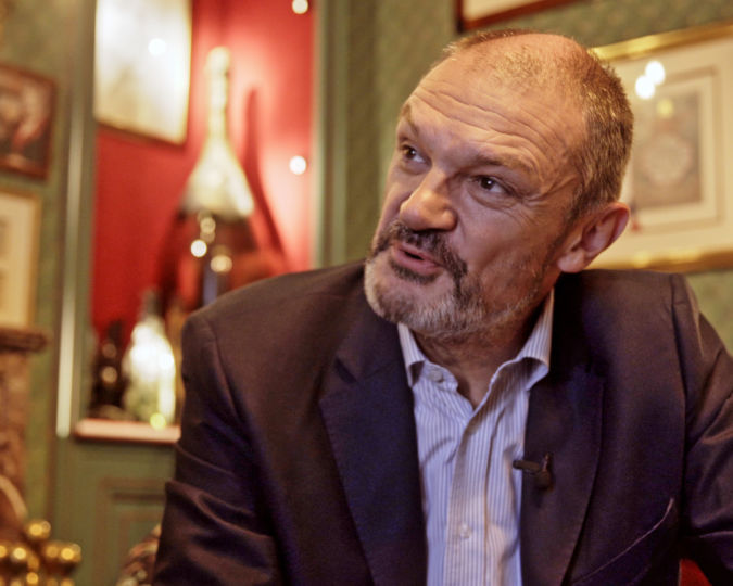 Laurent d'Harcourt in Sparkling the Story of Champagne documentary
