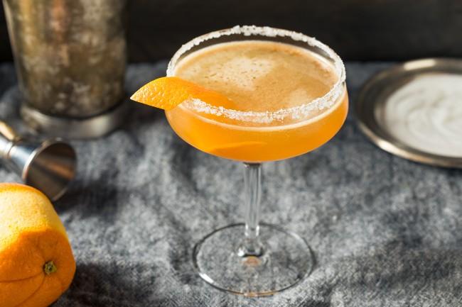 orange cocktail - dark spirits