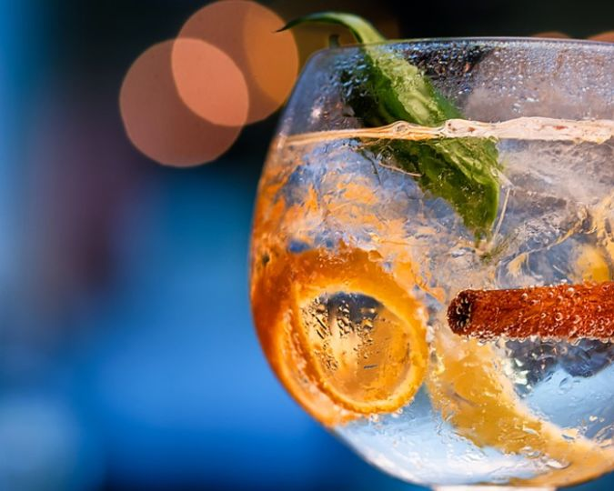 gin and tonic copa glass